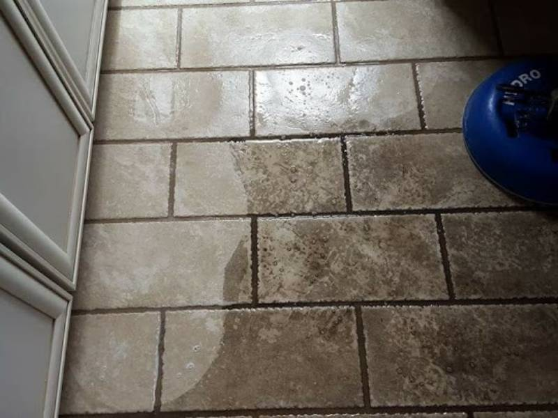 Bathroom Tile Cleanup - Shaw's Carpet Dry-Cleaning